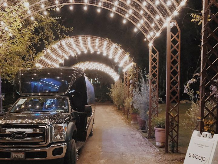 Tmx 1525301431 1c4ad7fe5582be38 1525301428 Cc0d17175d62bd8d 1525301398611 3 Attachment 4 Los Angeles, CA wedding transportation