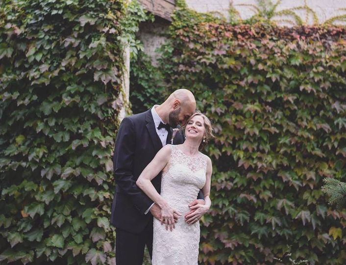 A sweet embrace (Chelsea Reeck Photography)