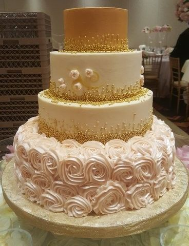 Wedding cake with rose design