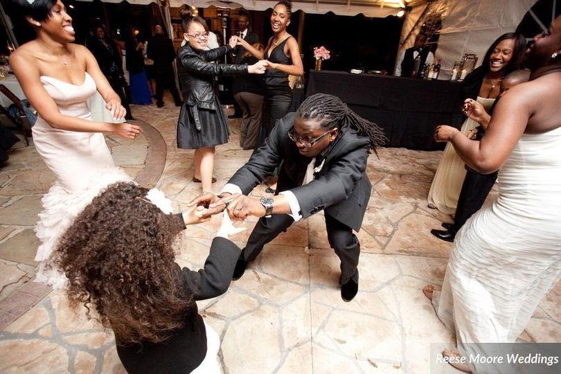 brainna wedding dancing