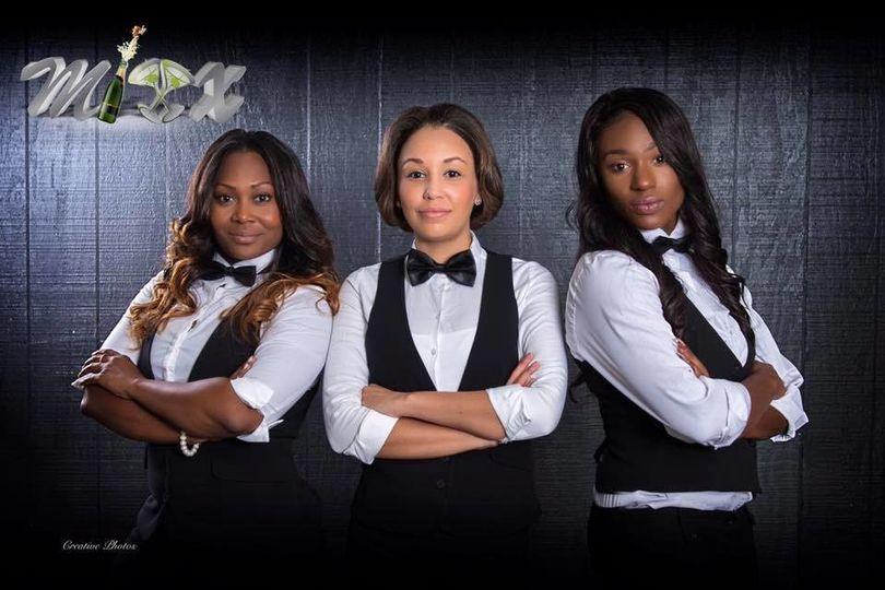 Women behind the Mixx Mobile Bartending