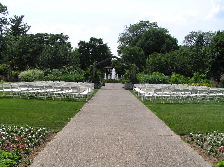 Luthy Botanical Garden Venue Peoria Il Weddingwire