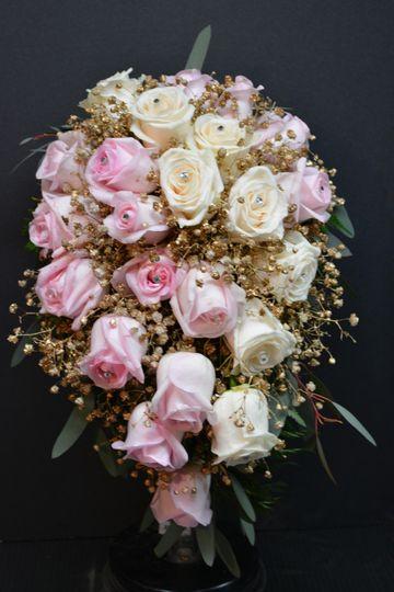 Glimmering flowers