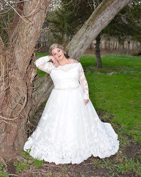 Tmx 1532368054 C8570d8f71a64534 1532368054 C2a798db5e602d75 1532368053895 3 CAITLIN Selinsgrove wedding dress