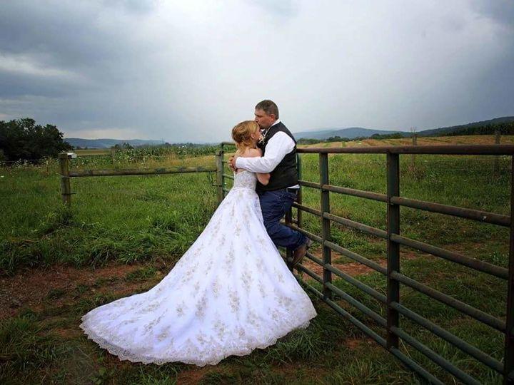 Tmx 1532368077 F723e8075f7af69d 1532368076 E9d1fb4409794945 1532368075470 13 MAKO Selinsgrove wedding dress