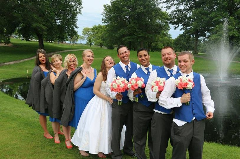 The bride with bridesmaids and groomsmen