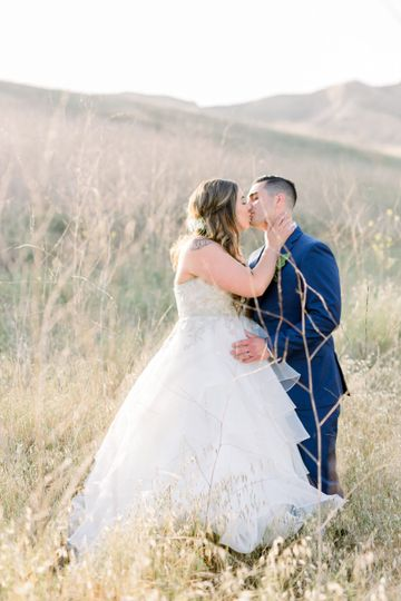 Gabrielle + Dillon  |  Canyon Country, CA wedding by Our Story Creative  |  ourstorycreative.com  |...