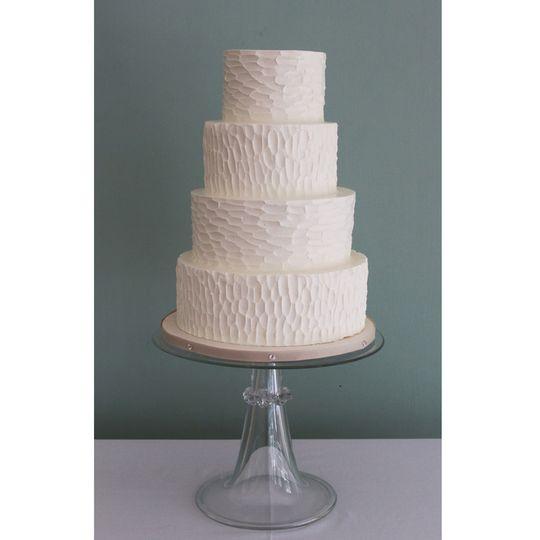 bark textured wedding cake 4