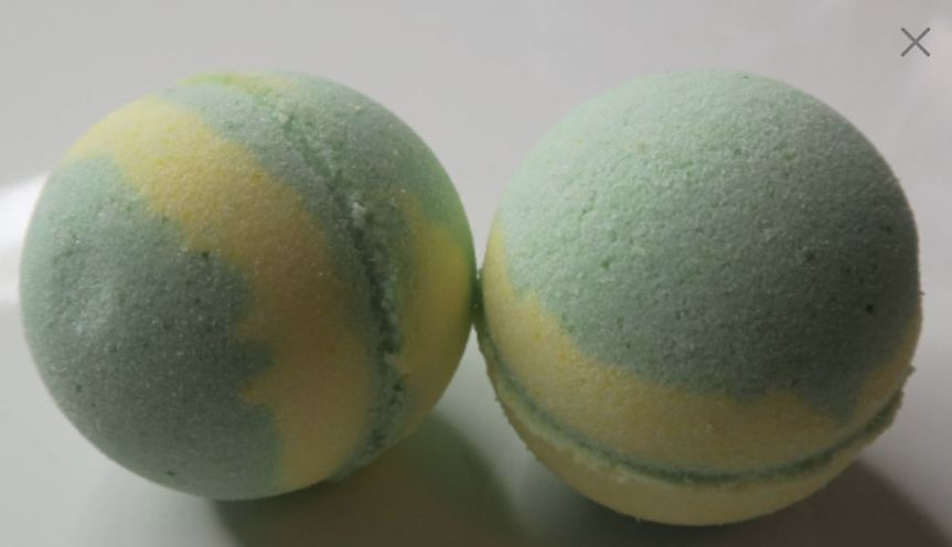 Description What better way to relax and unwind after a stressful day. This bath bomb is infused...