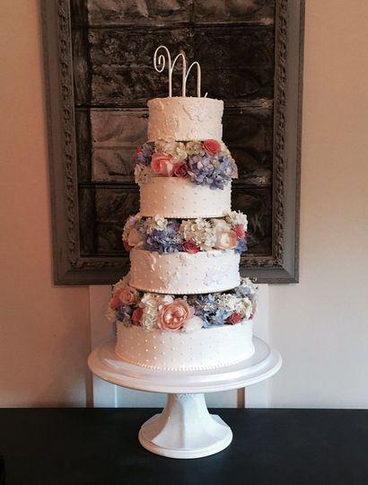 floral wedding cake 2015