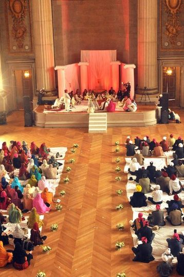 Hindu-Punjabi wedding set up