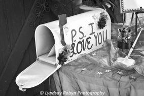 Lyndsay Robyn Photography