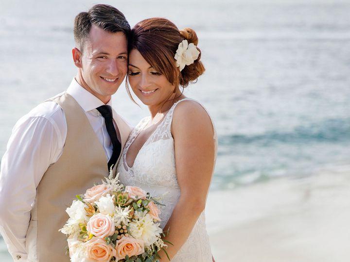 Tmx 1520916094 3ec8c3914a498613 1520916091 2b0a8853c9e03ae4 1520916078706 4 BEACH BRIDE UNIQUE Sonoma, CA wedding beauty