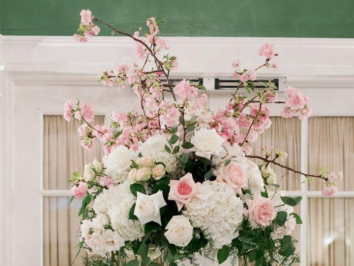 Tmx 36354277 10213769598166852 8298110655366430720 O 51 415408 160398419415613 Farmingdale, NY wedding florist