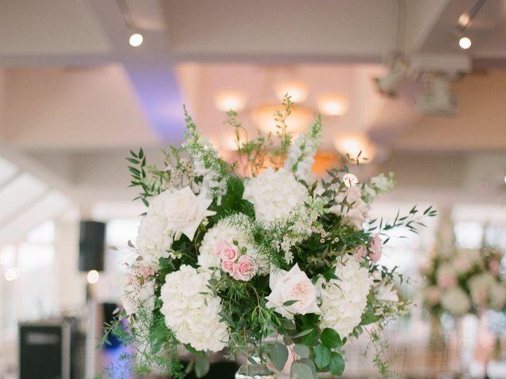 Tmx 36416211 10213769490004148 3016259526576832512 O 51 415408 160398420427627 Farmingdale, NY wedding florist