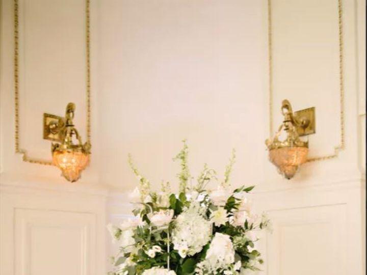 Tmx 8armsilver10 51 415408 160398379169477 Farmingdale, NY wedding florist