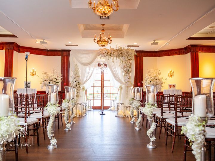 Tmx Aisle177 51 415408 160398371619242 Farmingdale, NY wedding florist