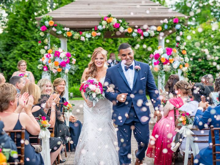 Tmx Gazebo146 51 415408 160398392944288 Farmingdale, NY wedding florist