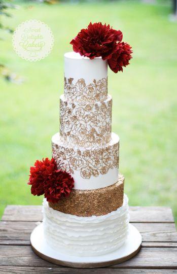 Sweet Delights Cakery Wedding Cake West Bloomfield Mi Weddingwire