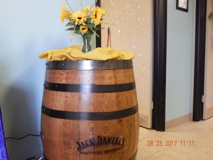 Barrel centerpiece