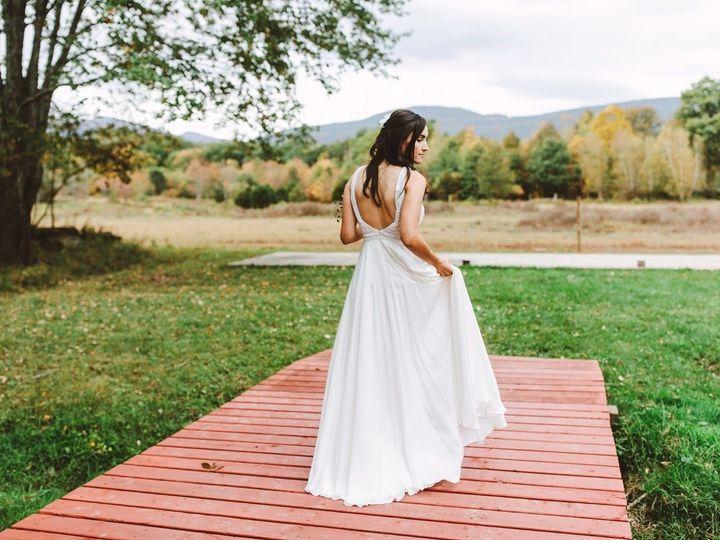 Tmx 1517594267 3dc6c06d333dc418 1517594265 Db2242bbdea4aa9d 1517594259809 3 522 Larissabrendan Kingston wedding dress