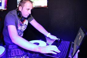 DJ Alex Jahn Entertainment