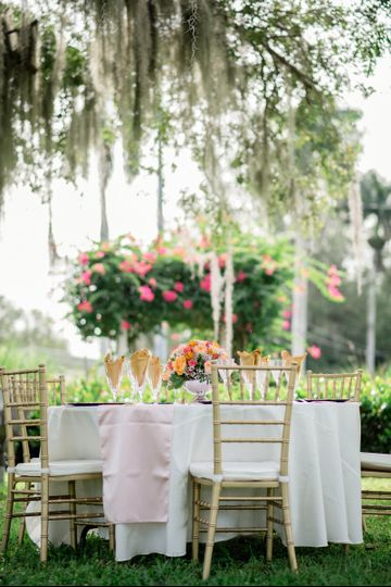Sweetheart table setup