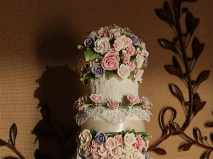 Tmx 1328553809652 Marisaweddingcake Brooklyn wedding cake