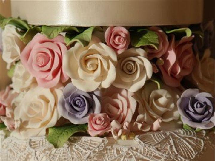 Tmx 1328553811867 Mgweddingroses Brooklyn wedding cake