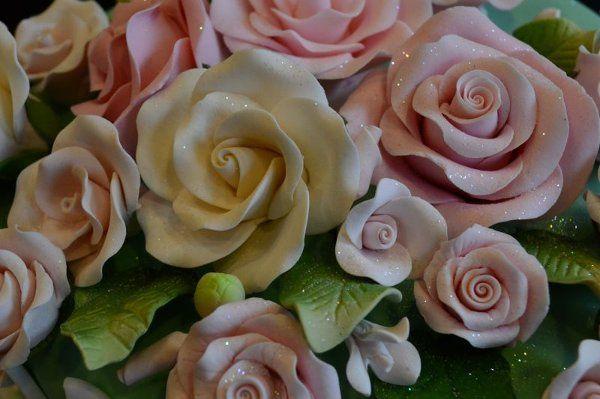 Tmx 1328553817414 Rosecloseup Brooklyn wedding cake