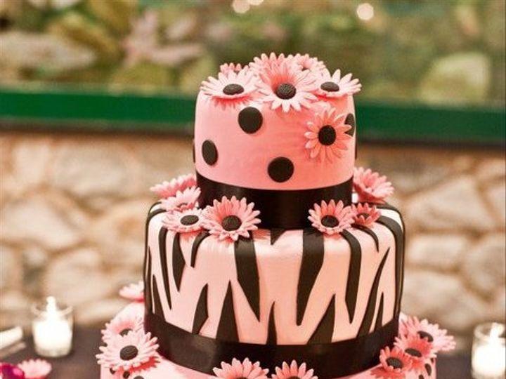 Tmx 1361626779453 Daisycake2 Brooklyn wedding cake