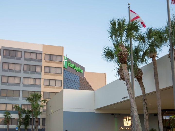 Tmx Front Of Hotel 3 51 934508 V1 Orlando, Florida wedding venue