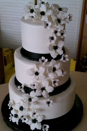 White and black floral wedding cake