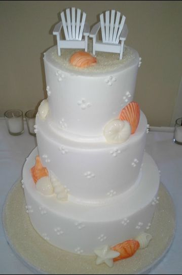 800x800 1384971165888 wedding cake quad dots orange and white seashells