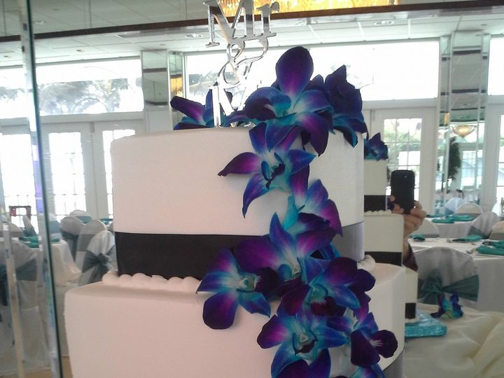 Tmx 1384970383994 Cascading Electric Blue Orchid Saint Petersburg, Florida wedding cake