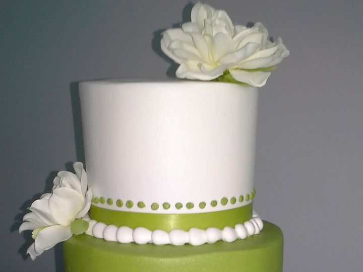 Tmx 1384971041466 Wedding Cake Green And White With Ribbon At Base Saint Petersburg, Florida wedding cake