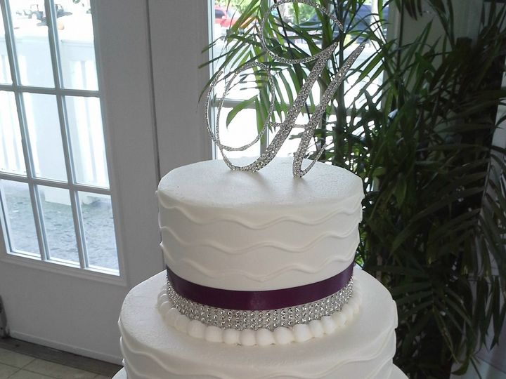 Tmx 1504125621053 Wave Wedding Cake With Bling And Burgundy Ribbon Saint Petersburg, Florida wedding cake