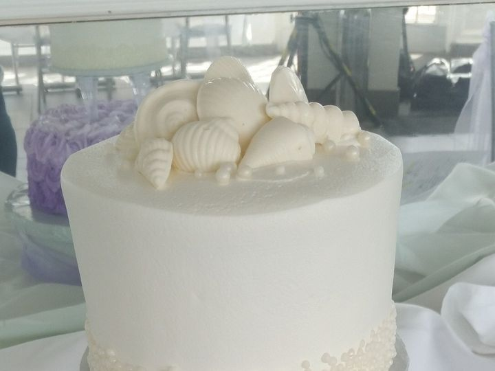 Tmx 1508686650225 Wedding Cake 10 21 17 1 Saint Petersburg, Florida wedding cake