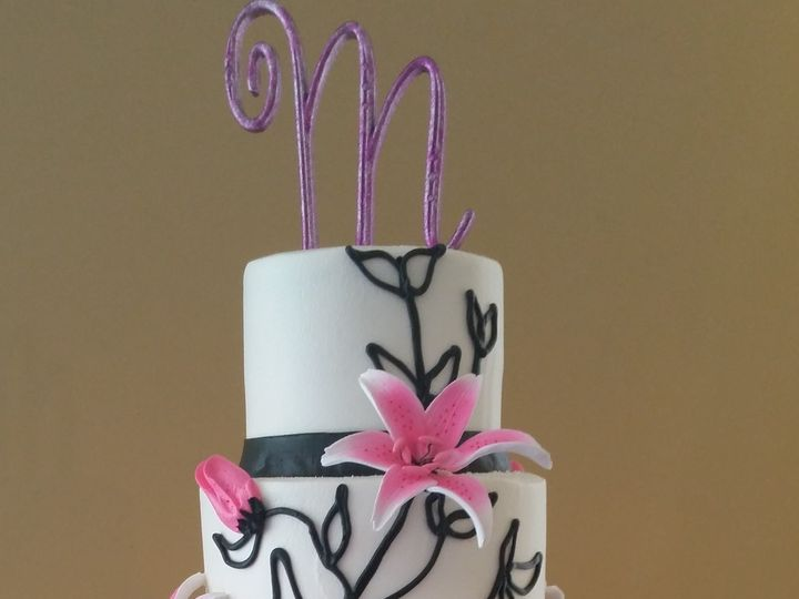 Tmx 1508686676889 Wedding Cake 10 21 17 3 Saint Petersburg, Florida wedding cake