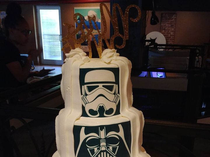 Tmx 1525823165 942d598ddd236b62 1525823162 8d0c6aa7dcc44ad8 1525823153808 4 Star Wars   May Th Saint Petersburg, Florida wedding cake