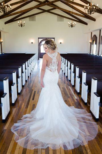Rustic Grace Estates Bride