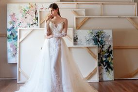 Julian Gold Bridal