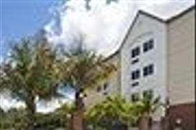 Candlewood Suites Sanibel Gateway