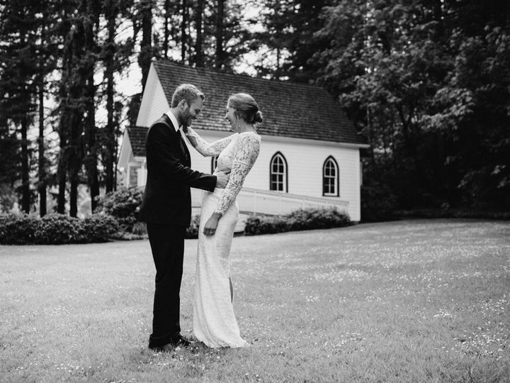 Tmx 1536614397 383c0b149dea1274 1536614395 92d6013c6b4459a7 1536614366715 6 WW 17 Portland, OR wedding photography