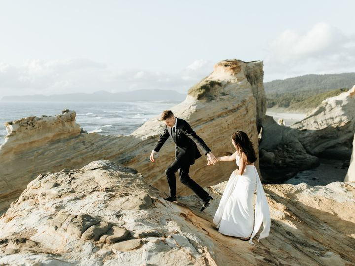 Tmx Leigha Wes Cape Kiwanda Elopement 100 51 1015708 1562804902 Portland, OR wedding photography