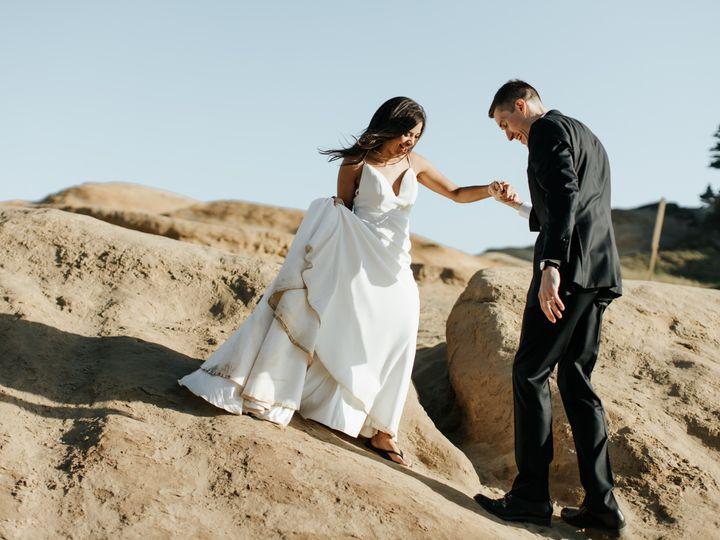 Tmx Leigha Wes Cape Kiwanda Elopement 86 51 1015708 1562804898 Portland, OR wedding photography