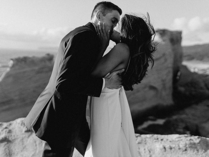 Tmx Leigha Wes Cape Kiwanda Elopement 98 51 1015708 1562804892 Portland, OR wedding photography