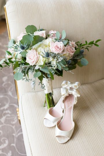 Wedding shoes and bouquet - Shelby Dickinson Photography
