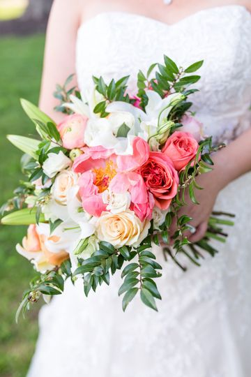 Vibrant bouquet - Shelby Dickinson Photography