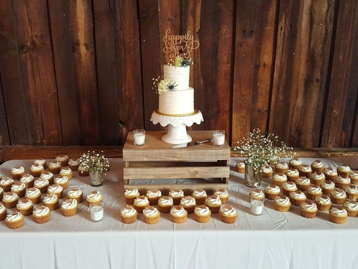 Tmx 1517235134 9cd6b758fdfcf286 1517235131 212960ff5f93f17d 1517235128049 8 20171007 151551 Barre wedding cake
